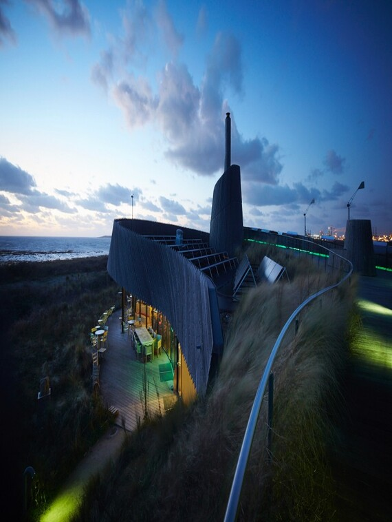 //www.vaillant.nl/media-master/global-media/vaillant/architects-planners/references/beach-restaurant-aanzee-oostvoorne/reference-nl-aan-zee-pictureoutside5-591712-format-3-4@570@desktop.jpg