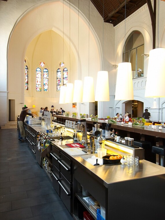 //www.vaillant.nl/media-master/global-media/vaillant/architects-planners/references/martini-church/reference-de-martinichurch-picture-interieur1-336792-format-3-4@570@desktop.jpg