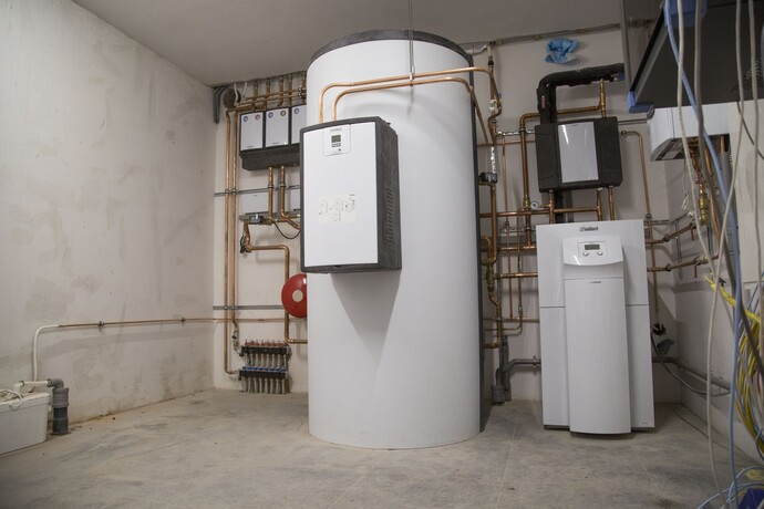 //www.vaillant.nl/referentieprojecten/groene-hart/jaws160525-003-825647-format-flex-height@690@desktop.jpg