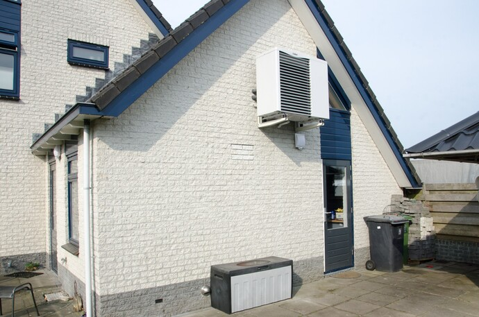 //www.vaillant.nl/referentieprojecten/referentieproject-tolbert/sjo3359bw-995474-format-flex-height@690@desktop.jpg